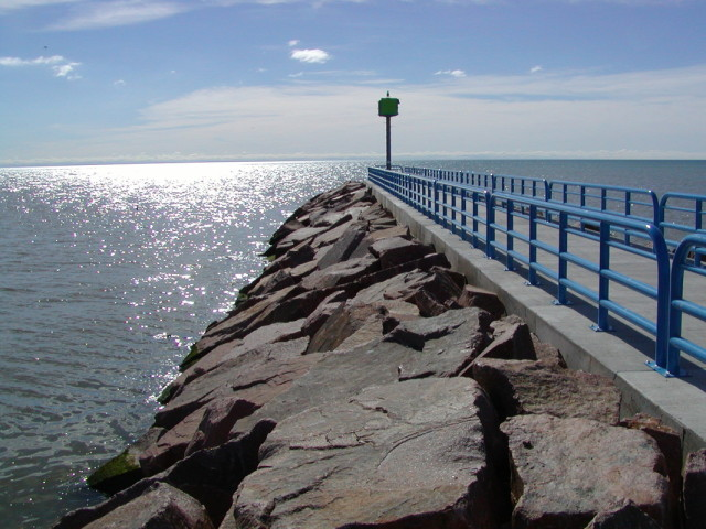 Breakwall